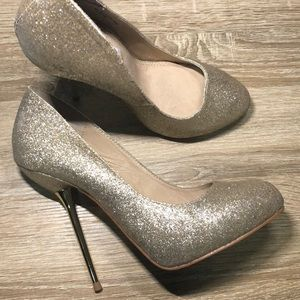 Gold metal heel glitter pump heels Steve Madden